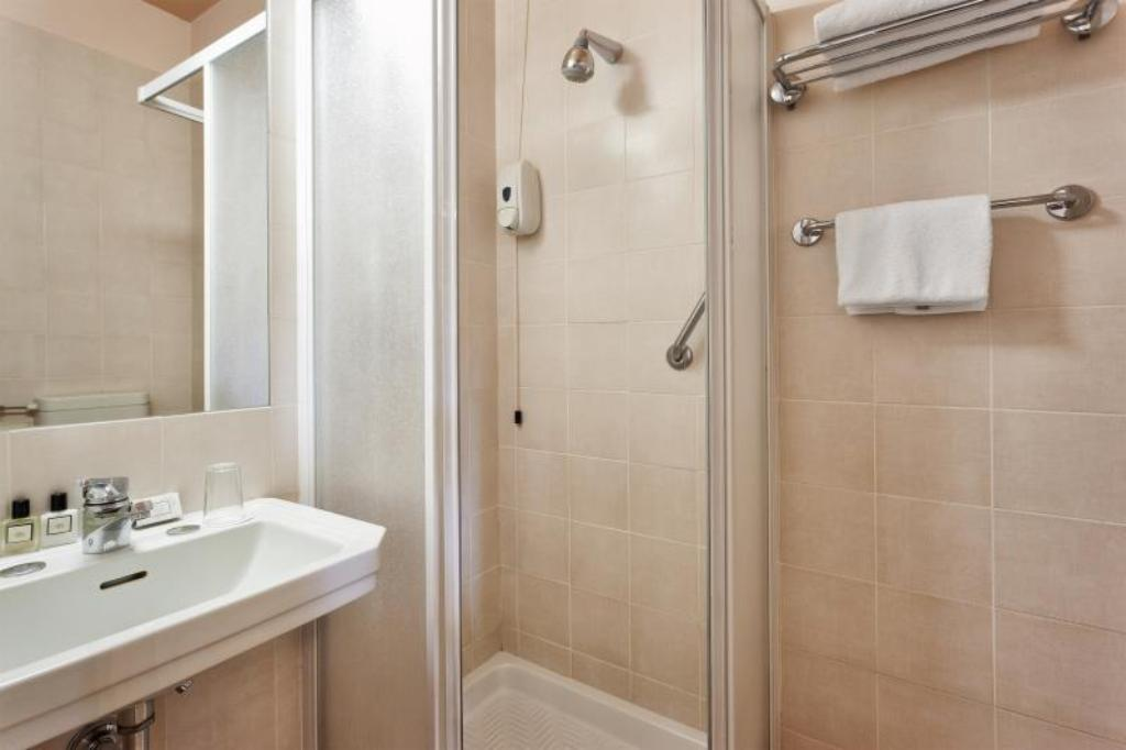 Classic Single Room - Bathroom Hotel Ercolini e Savi
