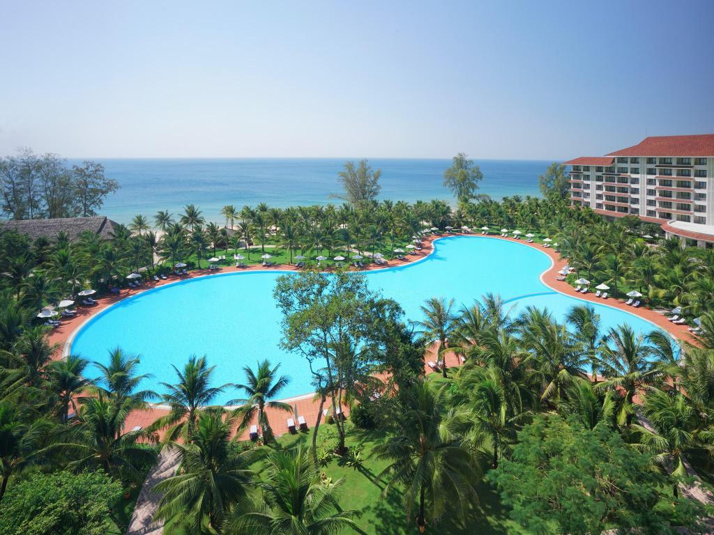 Swimming pool [outdoor] Vinpearl Resort & Spa Phú Quốc