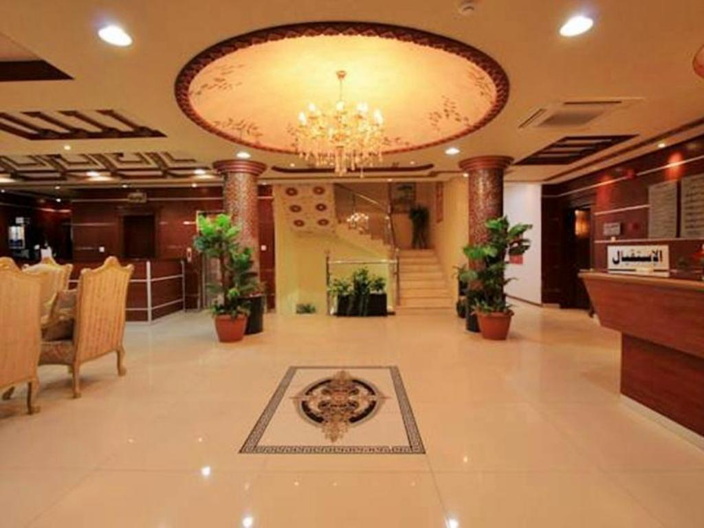 Foyer Olaya Suites