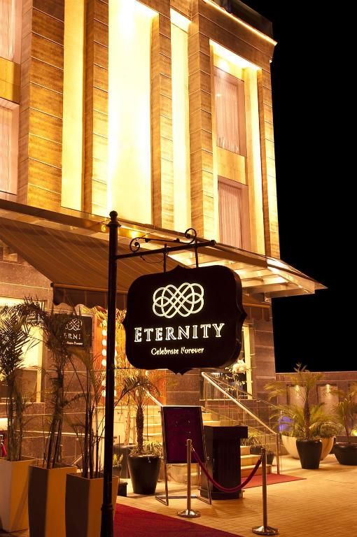 More about Hotel Eternity