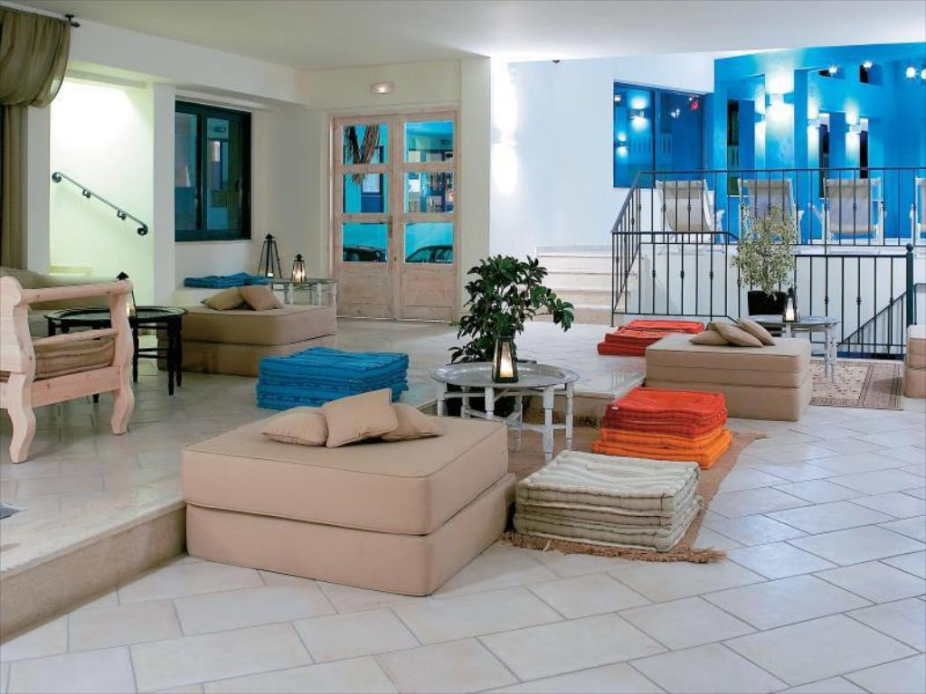 Lobby Grecotel Plaza Spa Apartments