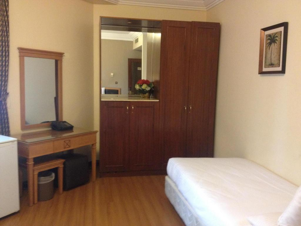 Two-Bedroom Suite (7 Adults) 알 쇼르파 호텔 마디아  (Al Shourfah Hotel Madinah)