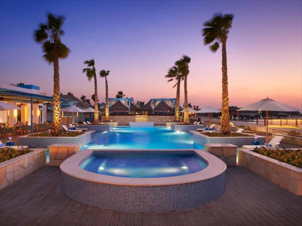 Swimming pool Banana Island Resort Doha By Anantara