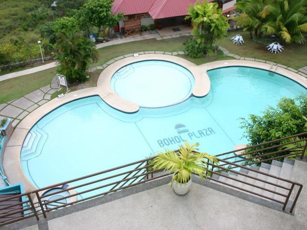 Плувен басейн Bohol Plaza Resort and Restaurant