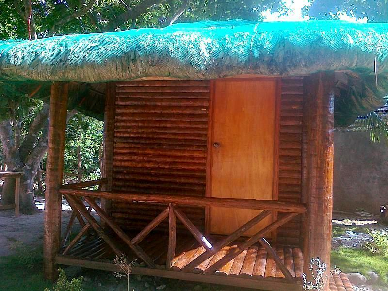 Cottage for 4 persons with mattress and electric fan