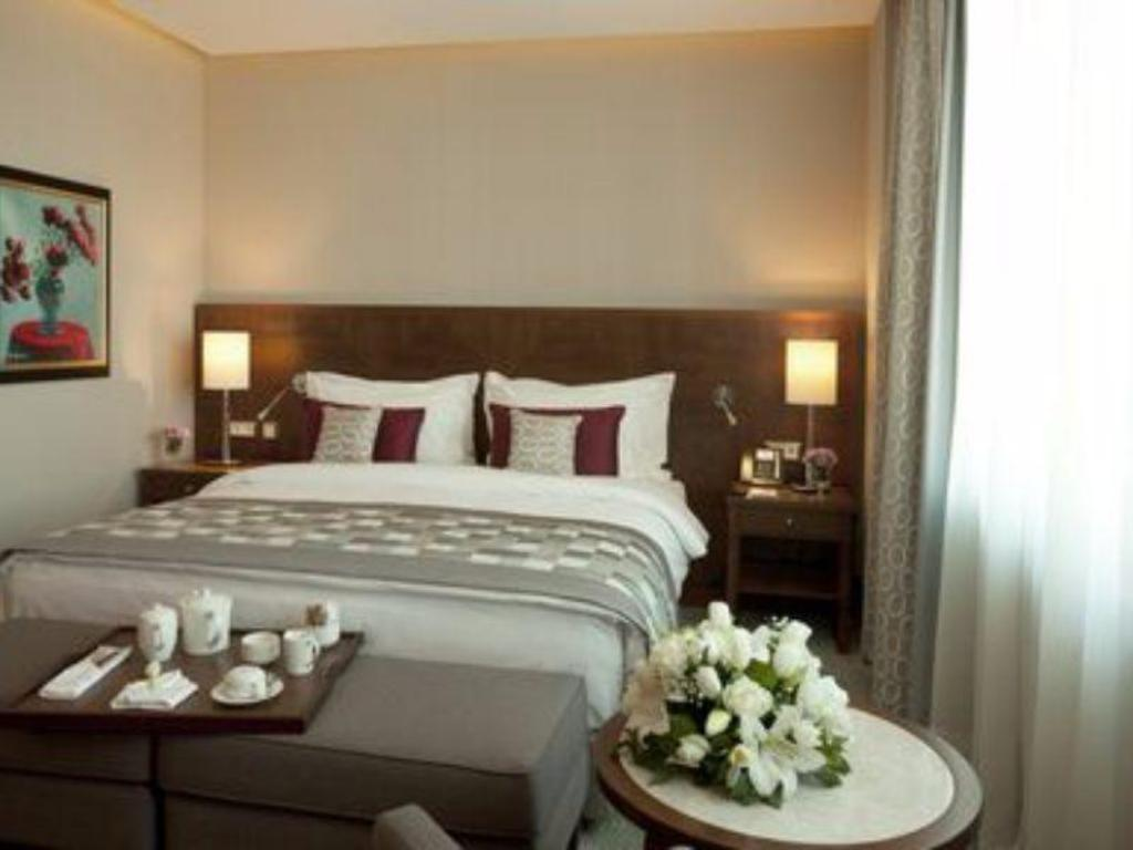 Executive Suite Non-Smoking - Lova Crowne Plaza Istanbul Oryapark