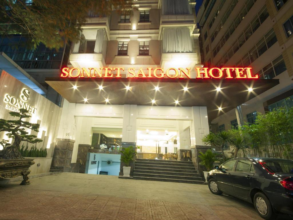 Sonnet saigon hotel in ho chi minh city room deals for Good friday hotel deals