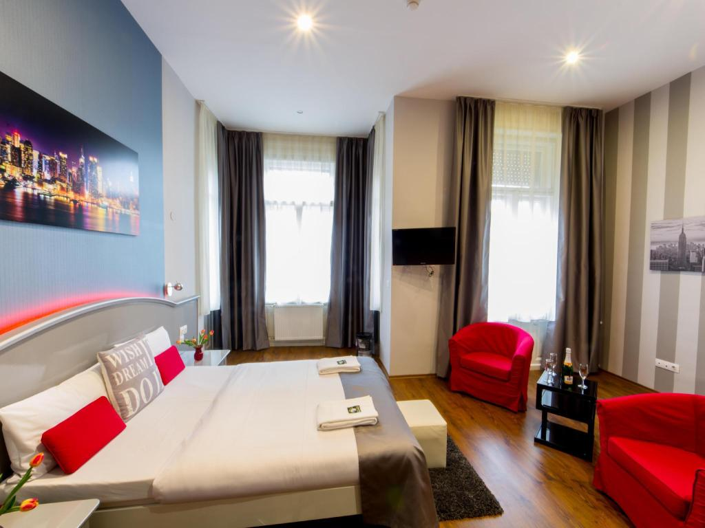 Numeris su dvigule lova  Full Moon Design Hostel Budapest