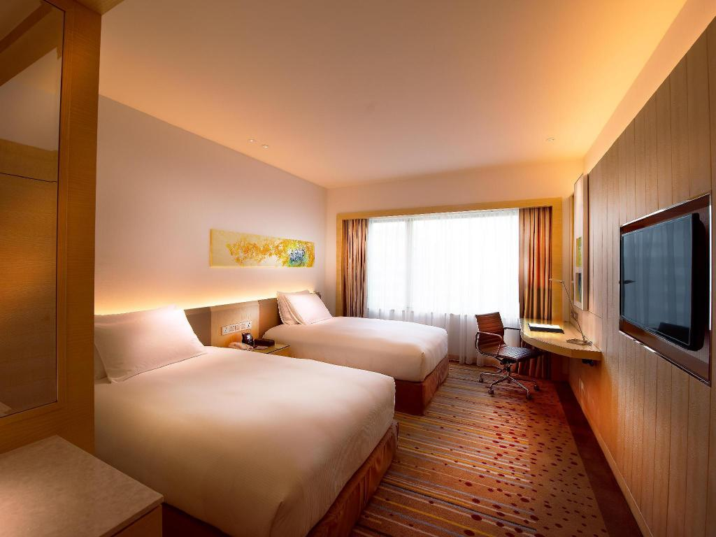 Double Double Executive Room - Bed