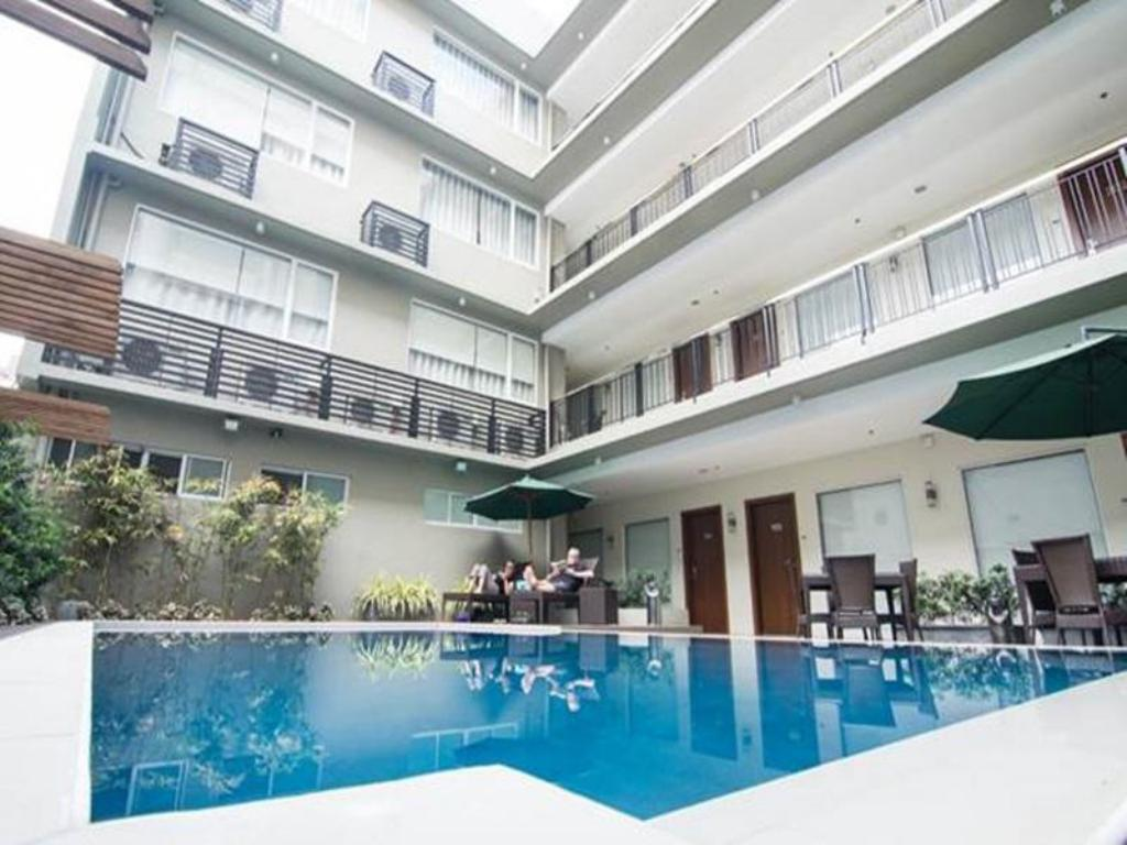 Best Price On 88 Courtyard Hotel In Manila Reviews