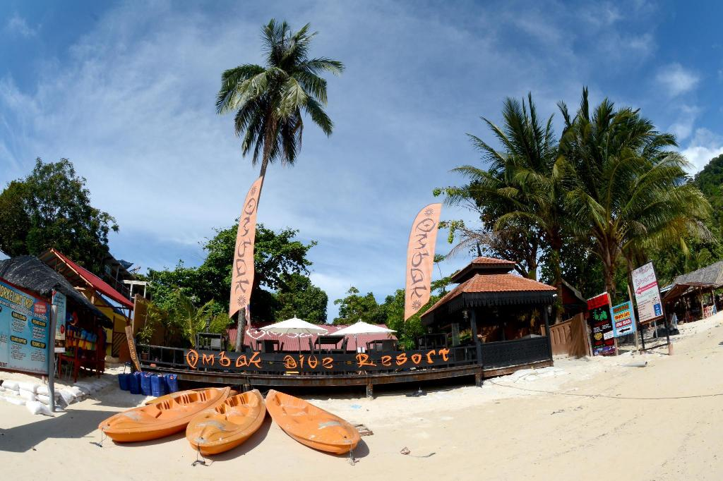 Ombak Dive Resort