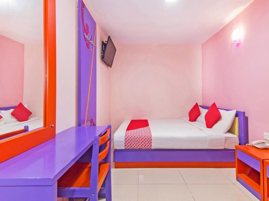 OYO 410 Brickfields Park Hotel in Kuala Lumpur - Room Deals