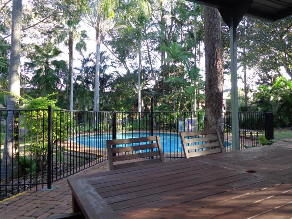 best price on forest lodge apartments in brisbane reviews. Black Bedroom Furniture Sets. Home Design Ideas