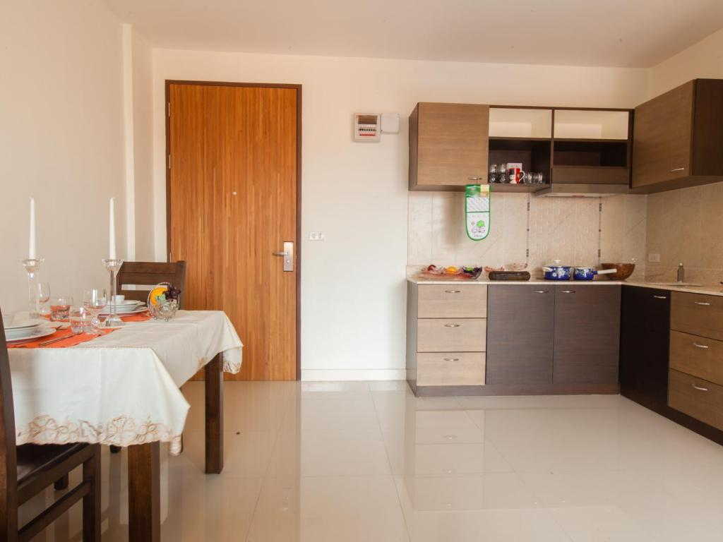 1 bedroom Suite The Pad Silom Convent Serviced Apartment