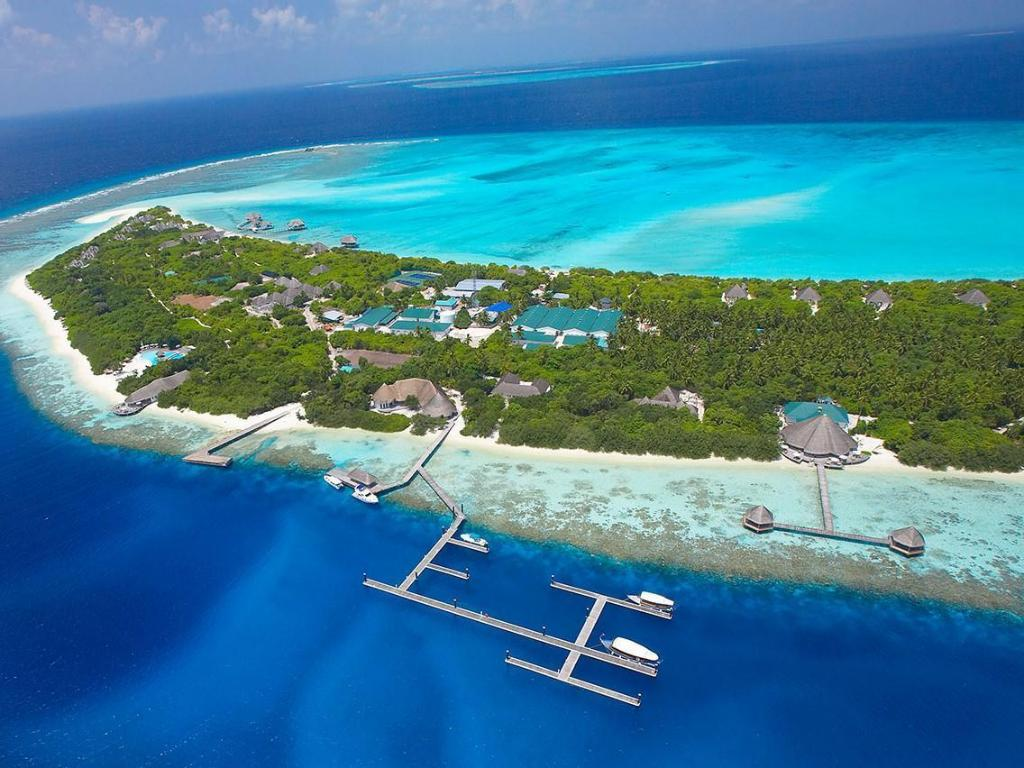Hideaway Beach Resort And Spa In Maldives Islands Room Deals