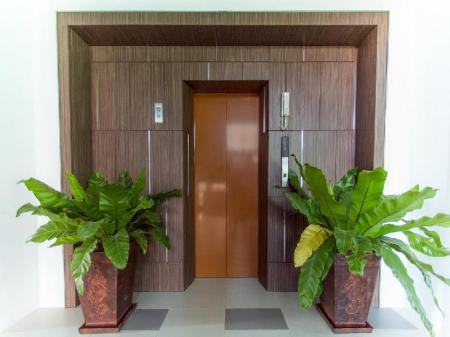 Entré Chalong Miracle Lakeview Condo by TropicLook