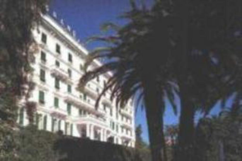 More about Grand Hotel & Des Anglais