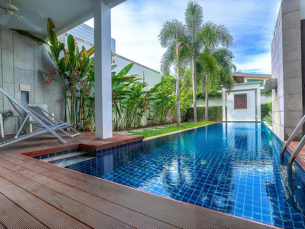 Bang Tao Beach Pool Villa