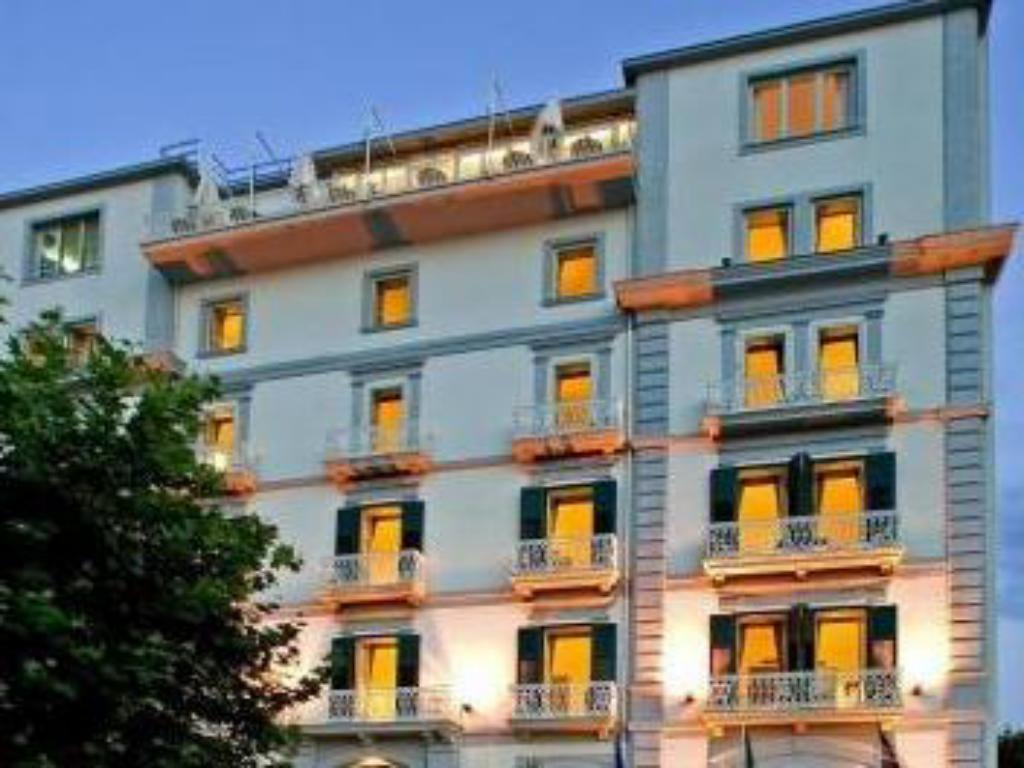More about Hotel Mediterraneo