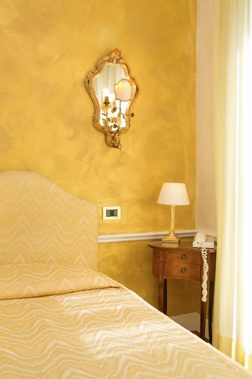 Hotel Pantalon In Venice Room Deals Photos Reviews