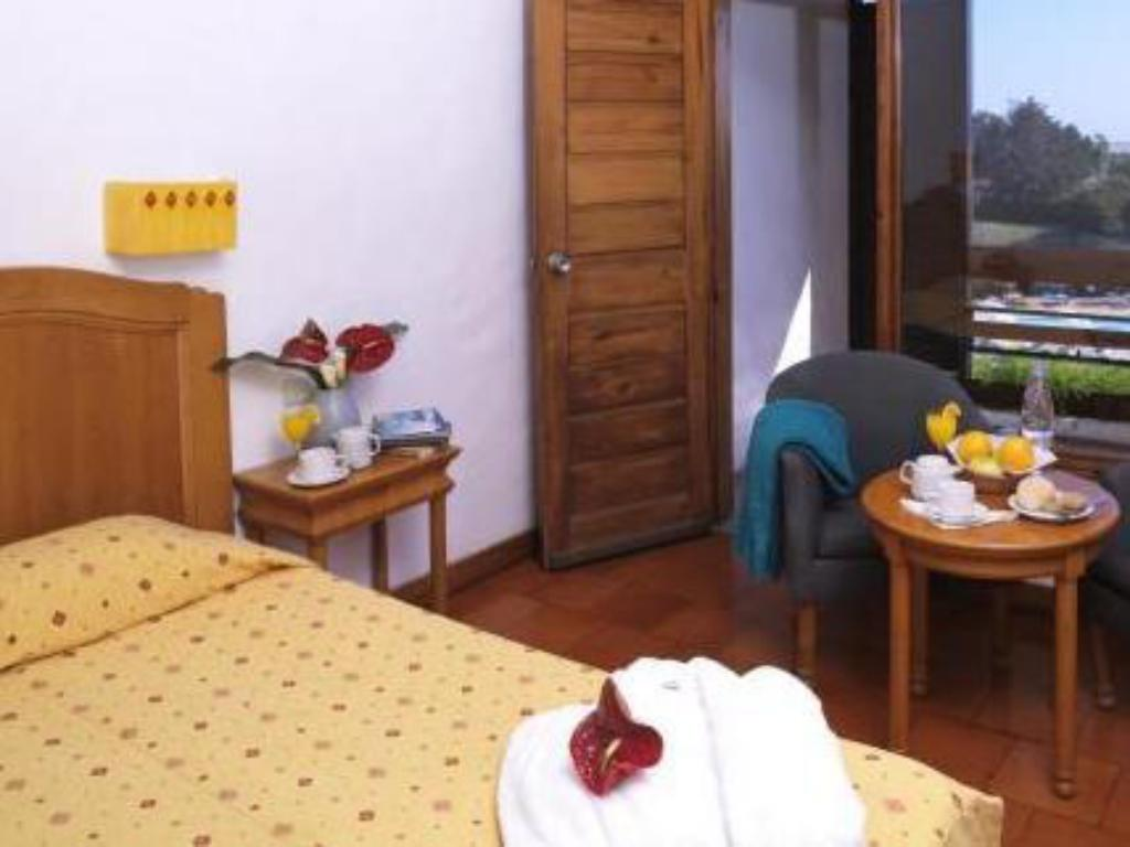 Double Room with Pool View - Guestroom Hotel da Aldeia