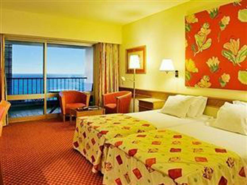 Superior Family Room - Bed Pestana Delfim Beach & Golf Hotel