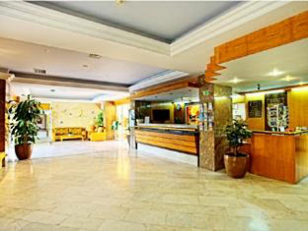 Lobby Hotel Baia Cristal Beach & Spa Resort