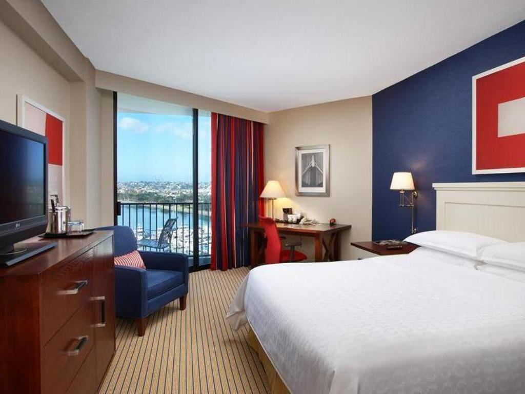 Marina Tower Deluxe King, Guest room, 1 King, Water view Sheraton San Diego Hotel & Marina