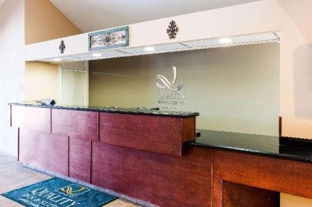 Hol Quality Inn & Suites Lake Charles