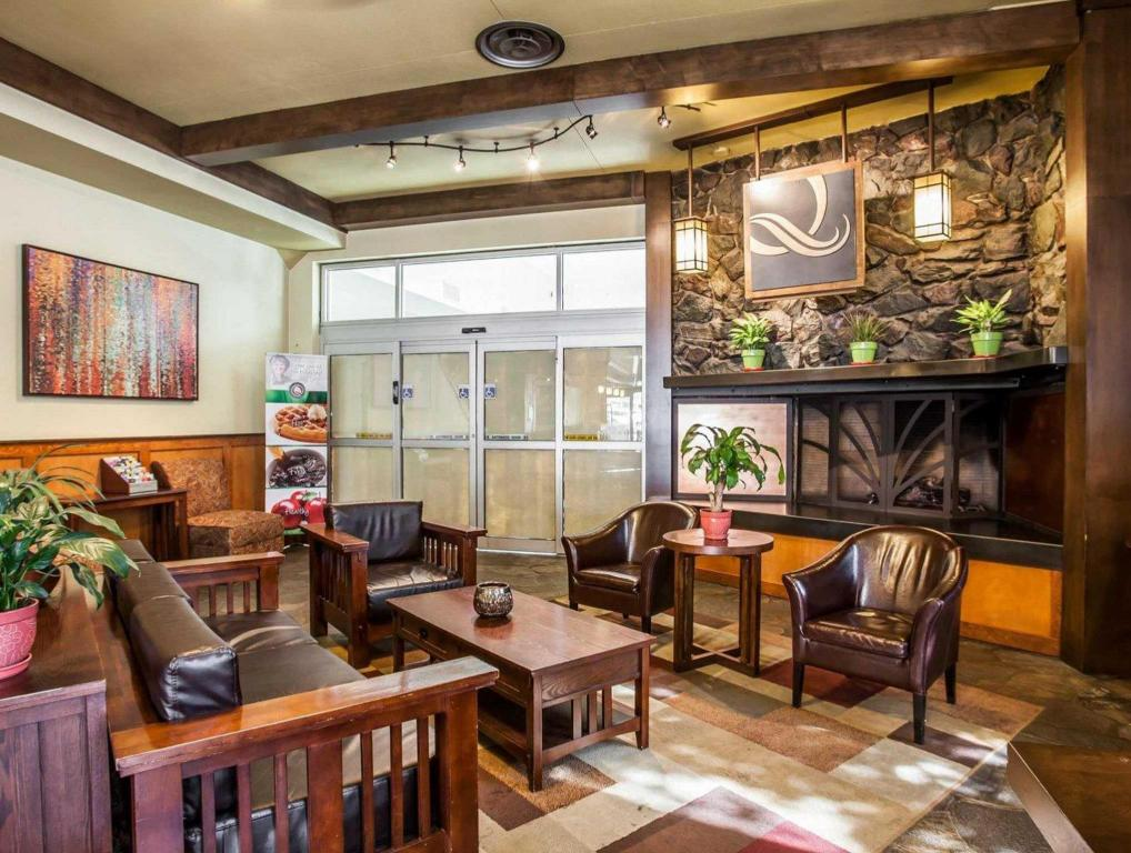 Best Price on Quality Inn and Suites Seattle Center in Seattle WA