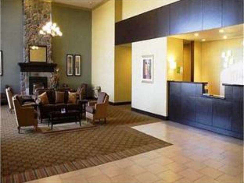 Lobby Holiday Inn Reno-Sparks