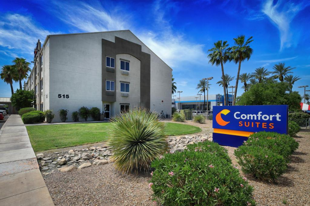 More about Comfort Suites at Tucson Mall