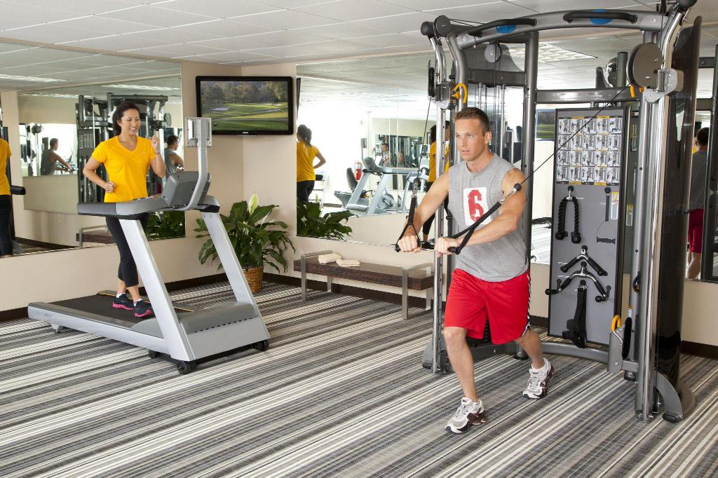 Fitness center Candlewood Suites Des Moines
