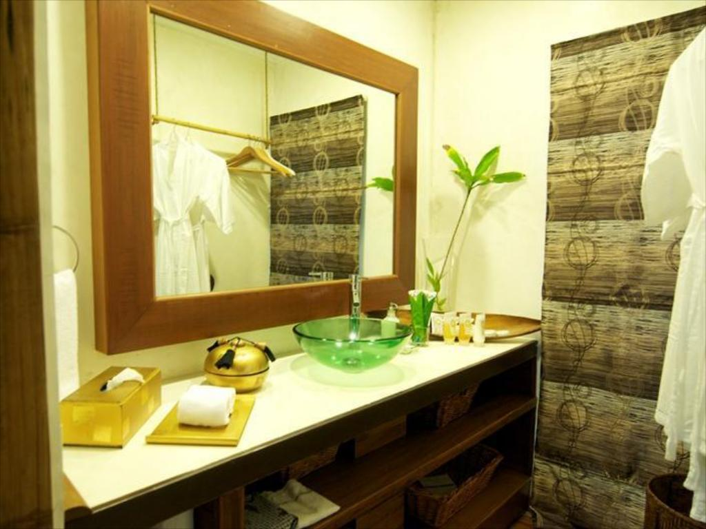 Bathroom Japamala Resort by Samadhi