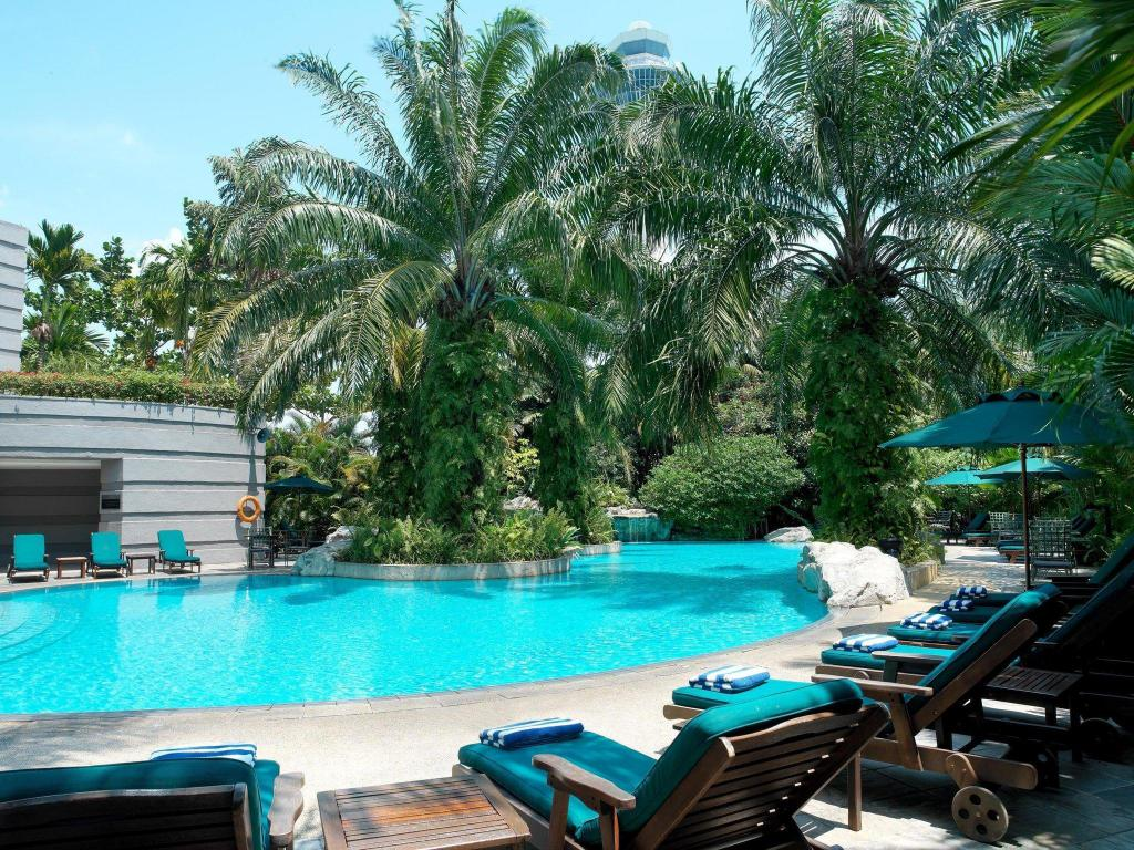 Swimming pool [outdoor] Sama-Sama Hotel Kuala Lumpur International Airport