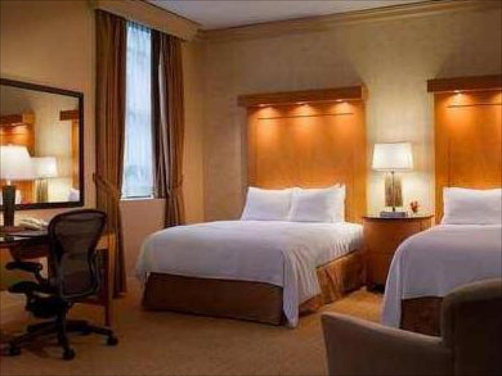 Vasca Da Letto Per Disabili : Hilton boston downtown faneuil hall boston ma affari