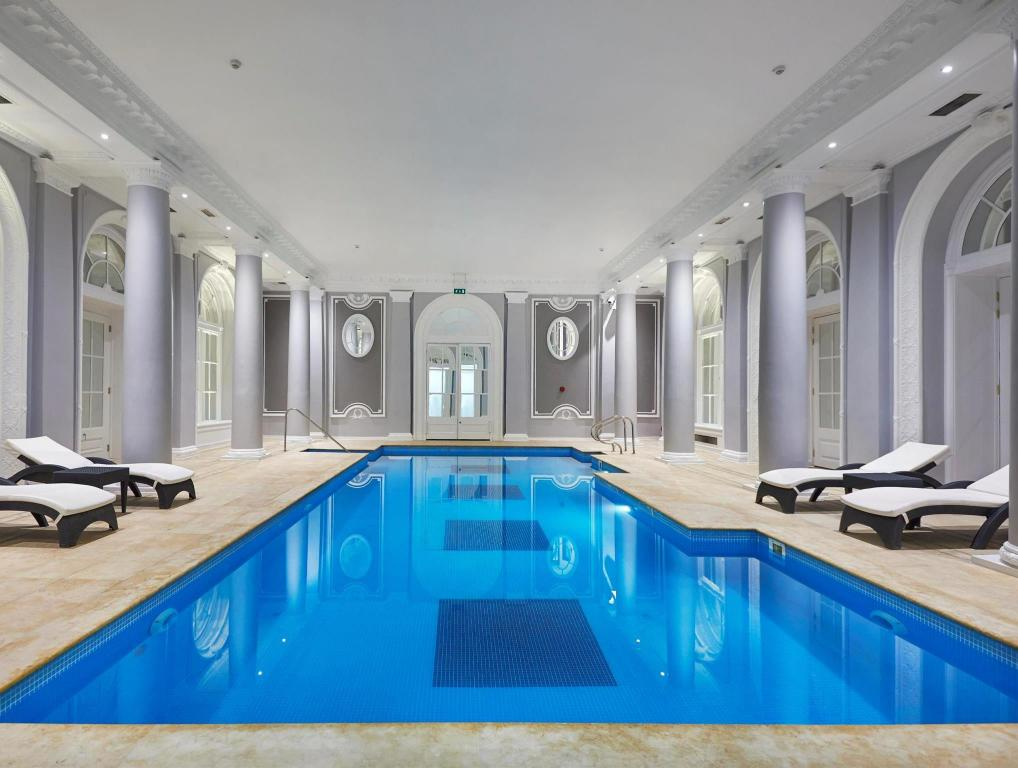 Swimming pool The Waldorf Hilton London