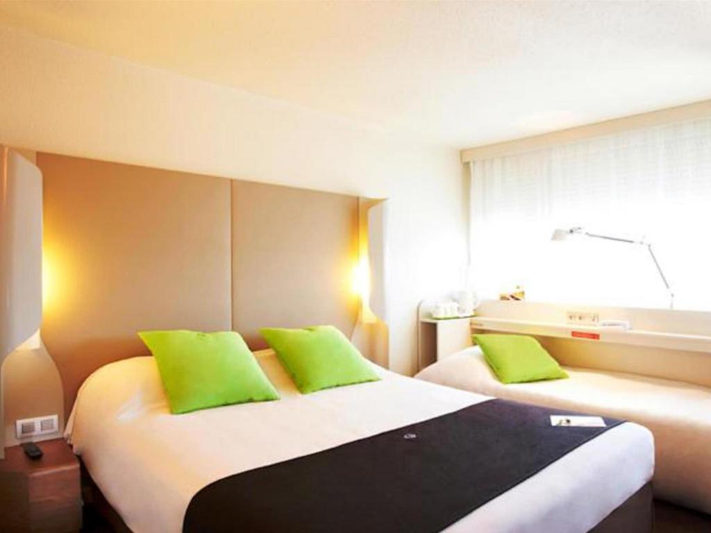 Double Room Next Generation - Bed Hotel Campanile Aix-en-Provence Sud Pont de l'Arc