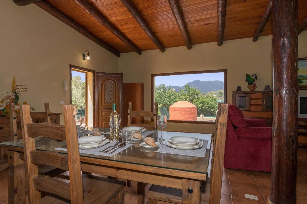 See all 9 photos 106834 - House in Santa Lucia de Tirajana