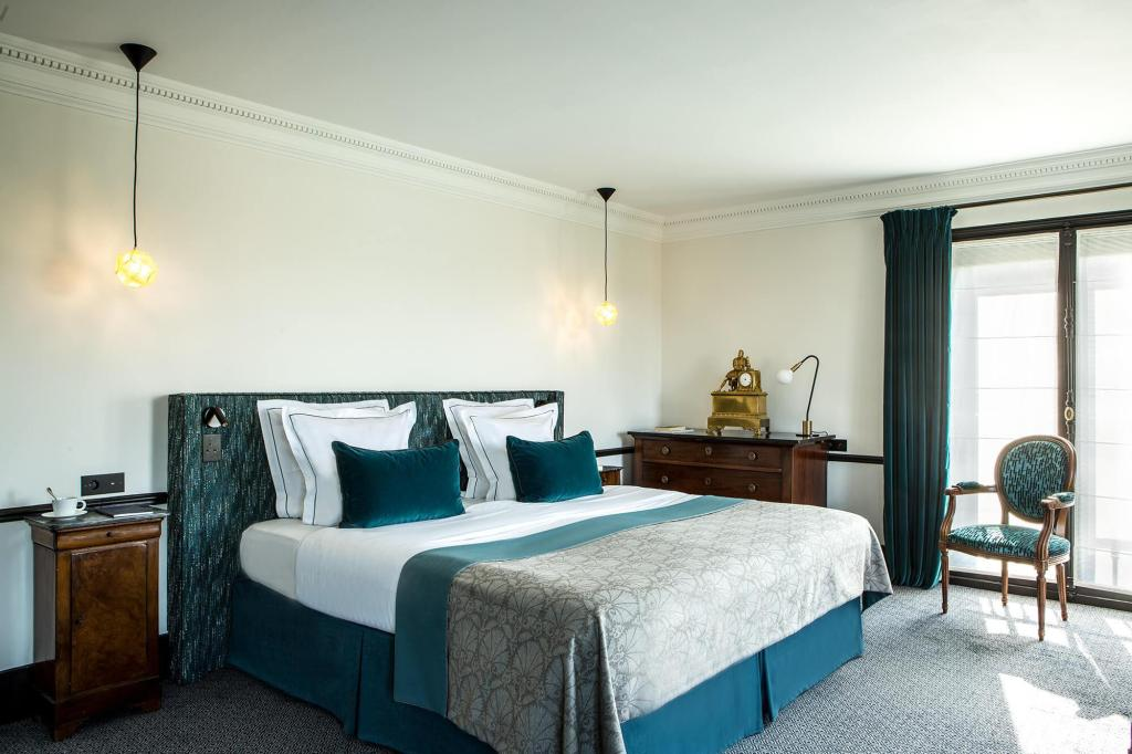 More about Hotel Brighton - Esprit de France