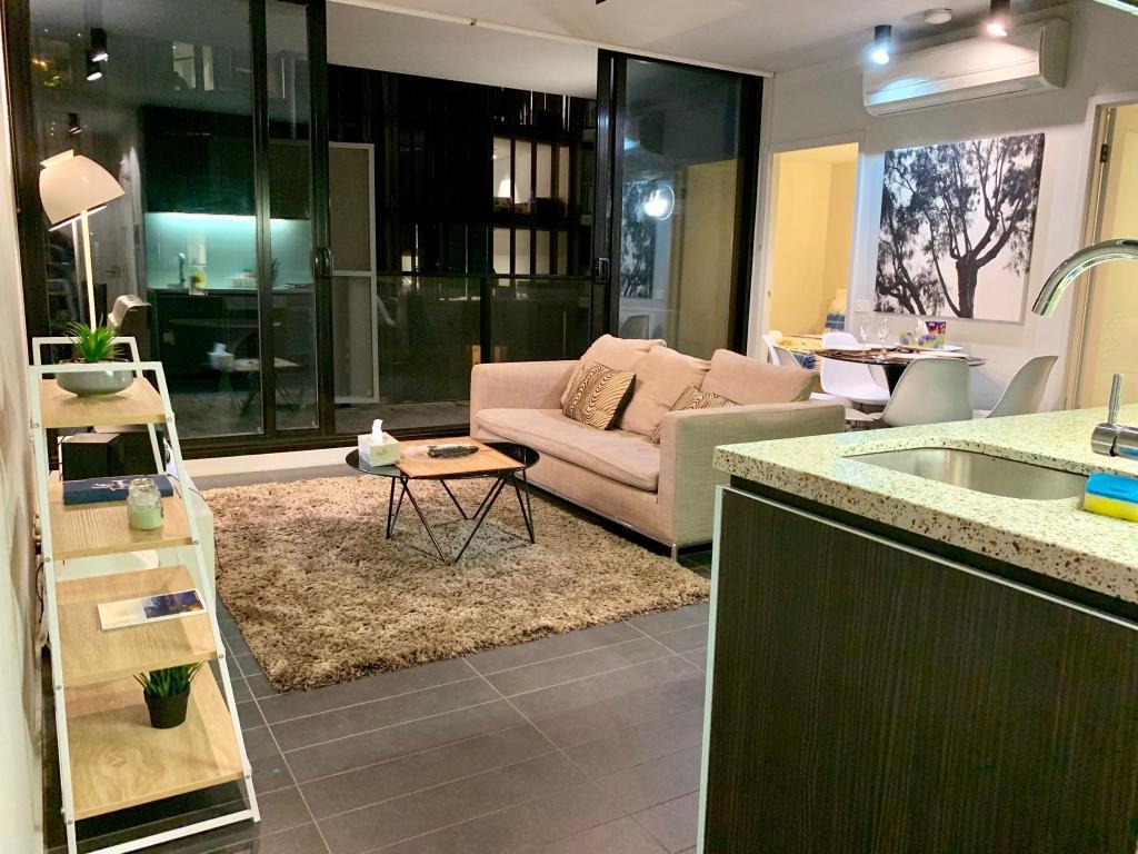 Lacrosse Apartment In Melbourne Luxury 2br1b