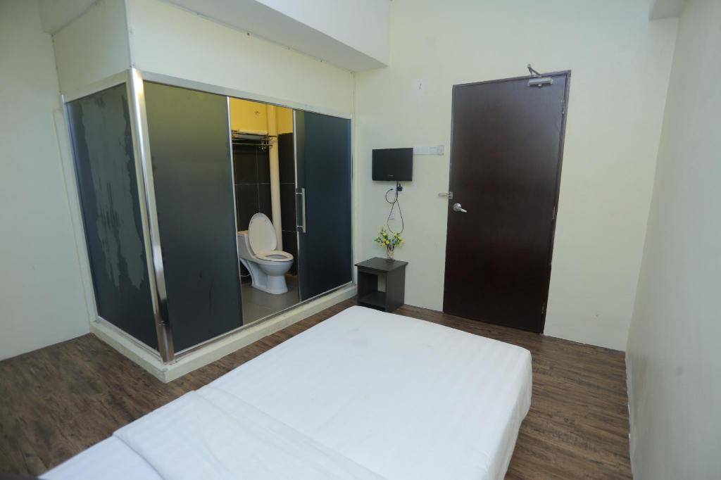 Single Room Hotel El Ray Kota Warisan