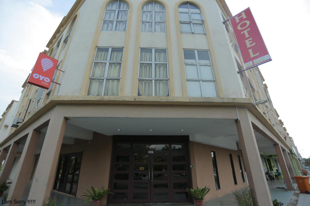 More about Hotel El Ray Kota Warisan