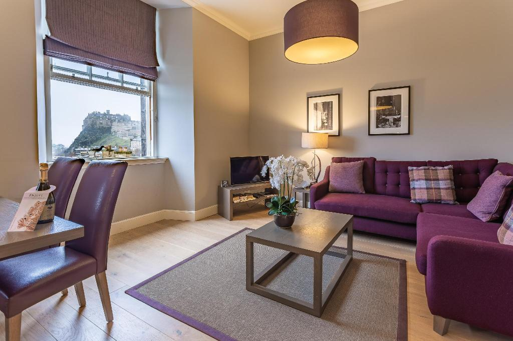No.1 Apartments - George IV Bridge