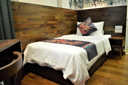 Single Room - Bed Serapi Hotel