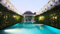 Lovely  Warm villa with swimming pool(HOME B)