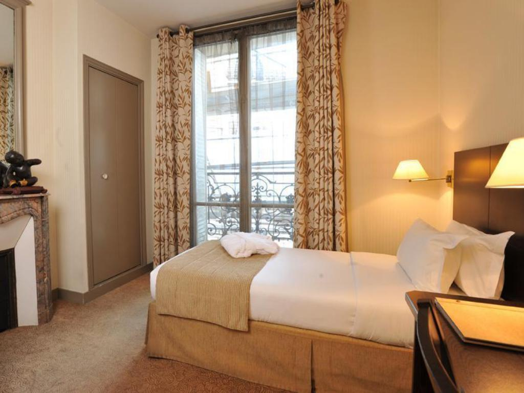 Single Room Vaneau Saint Germain Hotel