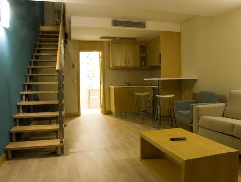 Hotel Praia in Nazare - Room Deals, Photos & Reviews