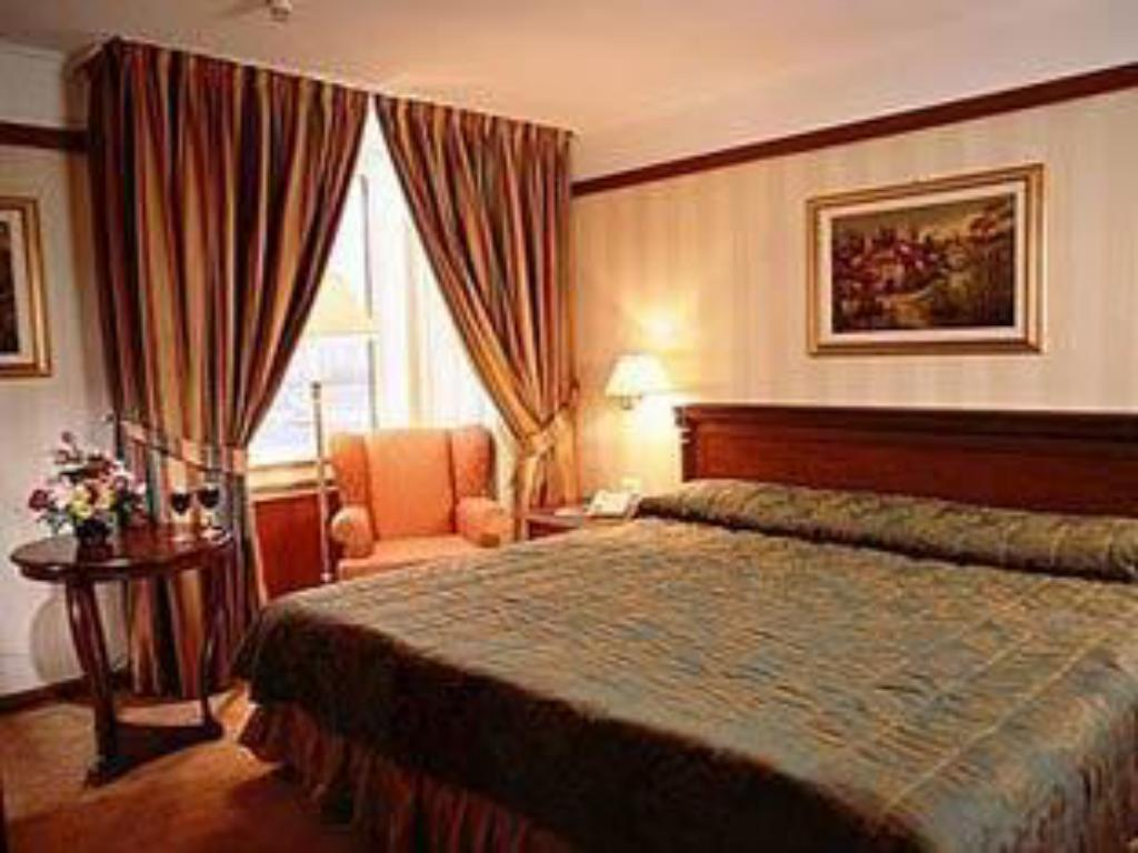 See all 34 photos Radisson Slavyanskaya Hotel and Business Centre Moscow
