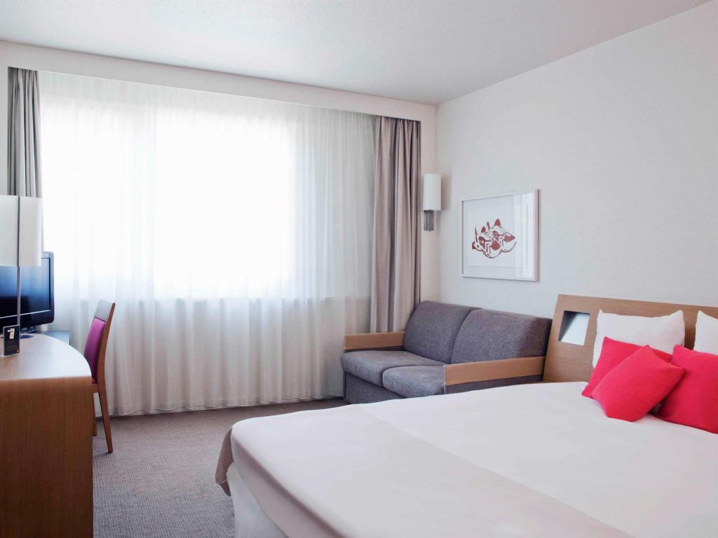 Standard Double - Bed Novotel Moscow Sheremetyevo Airport Hotel